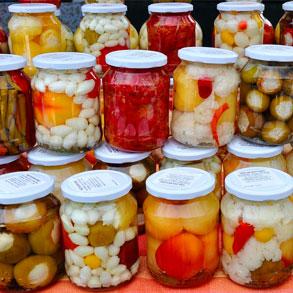 Conservas de vegetales: una forma económica y práctica de cocinar