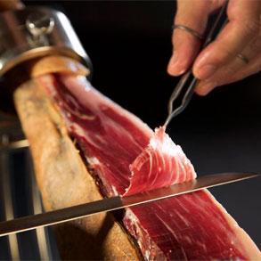 Cómo cortar bien un jamón ibérico