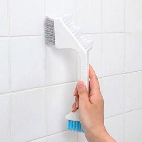 Este cepillo es ideal para limpiar juntas
