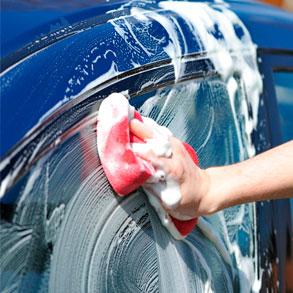 4b8d40928503 ¿Por qué usar productos de calidad para el lavado de vehículos? Usar un  detergente específicamente formulado para lavar vehículos