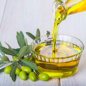 Aceite de oliva que no debe faltar en tu cocina