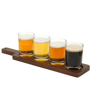 Diferentes variedades de cerveza para una cat