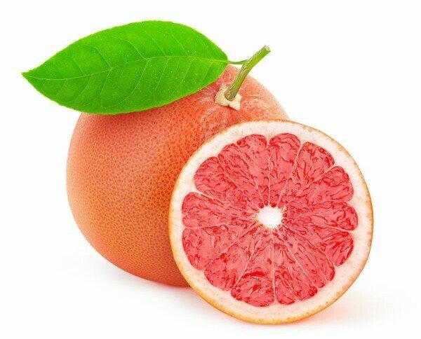 Pomelo. Se caracteriza por su pulpa de color rosado, sabor ácido y amargo