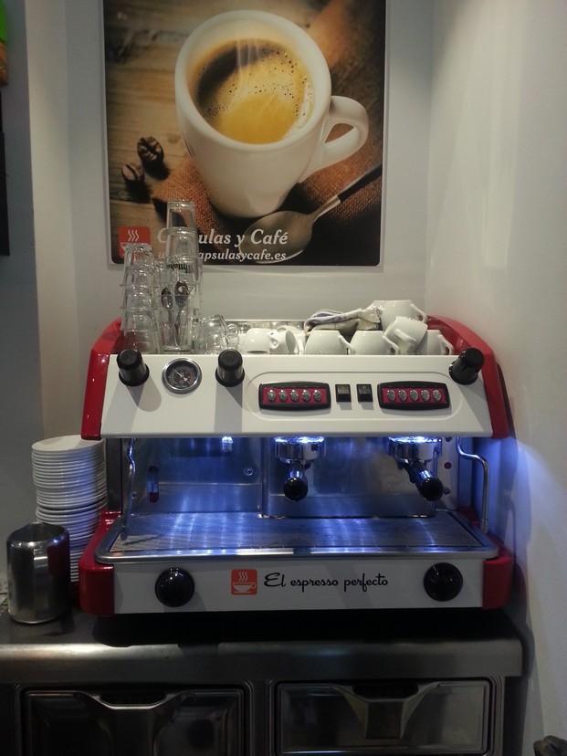 Máquinas de café. Instalación de máquinas de café gratis en su negocio de hosteleria.