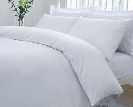 Ropa de cama. Sábanas y fundas de almohadas