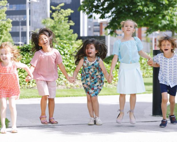 Modelos Kitipongo. Un vasto catálogo de ropa infantil.