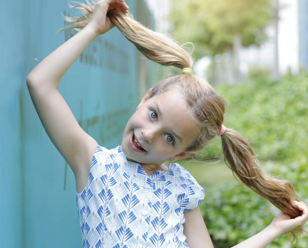 Ropa para niñas. Vestidos con coloridos estampados para la temporada primavera verano.