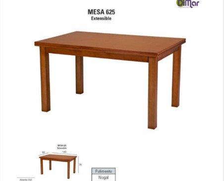 Mesa 626 extensible. Combina con la silla de tu elección