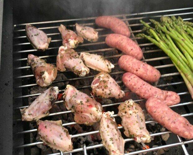 Saco Carbón 3kg Carboquick. Perfecto carbón vegetal para enamorar en las comidas familiares y celebraciones.