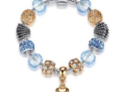 50d0acda8123 Charms de corazon y piedras de cristal cubiertas de rhinestone ...