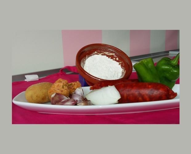 Chorizo con pimiento. Croqueta de chorizo de Ronda con pimientos verdes