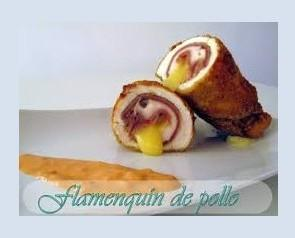 Flamenquin. Delicioso flamenquin de pollo, jamón York y queso Edam