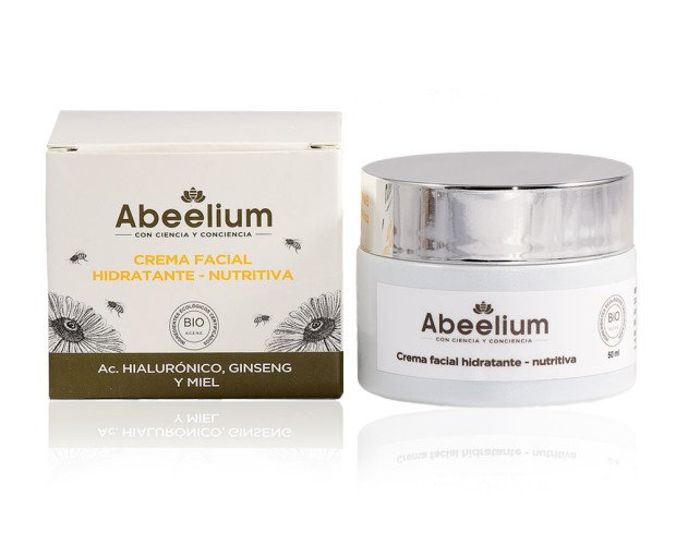 Crema facial Hidratante. Concentrado natural capaz de mantener la hidratación durante 24 horas