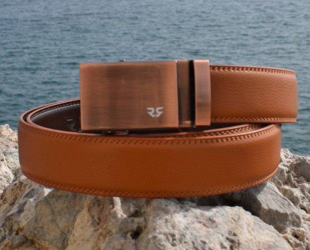 Cinturón clásico. Combina hebillas con distintos colores de correas para crear cinturones únicos