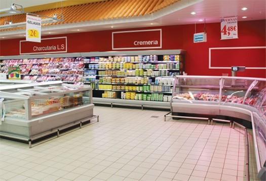 Equipos de frío comercial. Detalle de montaje de supermercado