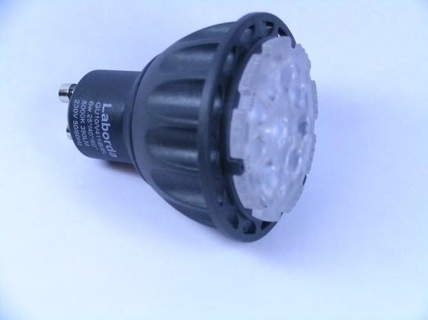 Bombillas y Fluorescentes. Bombillas Led. Lámpara a LED con 3 ángulos de apertura: DSCN0023