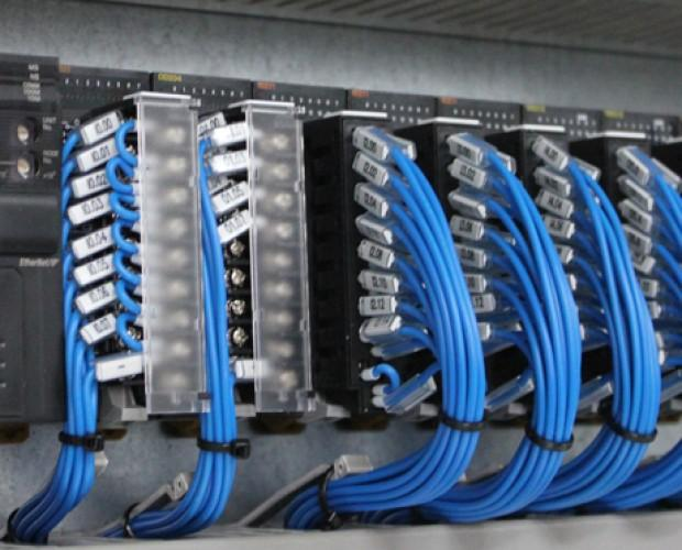 Ingeniería de Automatización Industrial.Instalación y programación de PLC Omron