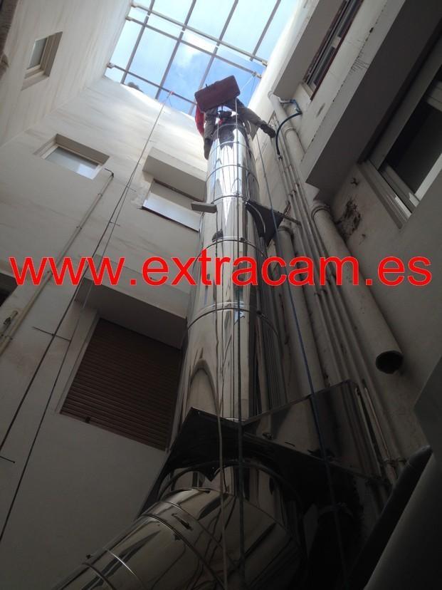 Instaladores de Tuberías.Servicios verticales de chimeneas EI30.