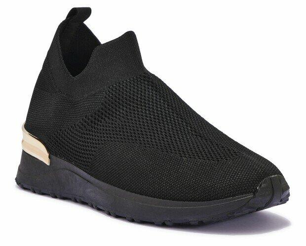 Zapatillas altas. Zapatillas deportivas de mujer en negro y dorado.