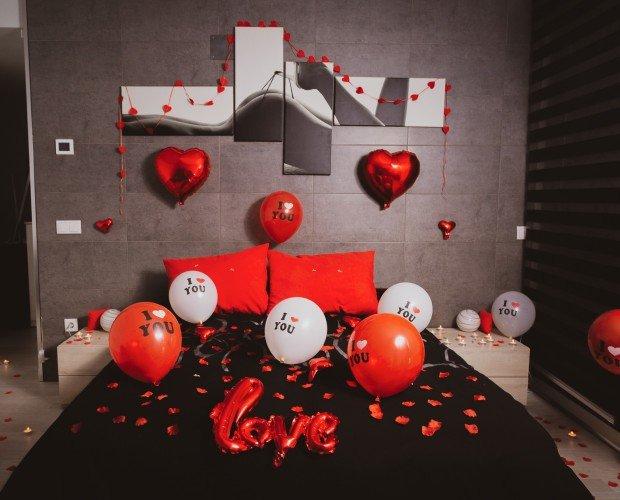 Packs de decoración. Si llevas tiempo buscando como sorprender a tus clientes, desde El Callejón del Regalo te lo ponemos muy fácil con nuestros Romantic Packs. Te ayudaremos a crear un escenario perfecto.