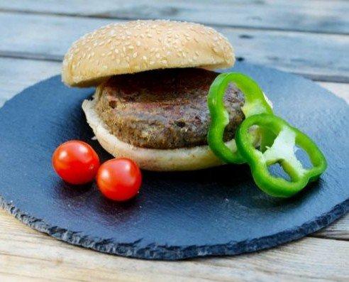 Hamburguesas Vegetales Precocinadas. Ideal para colegios y residencias de la 3 edad