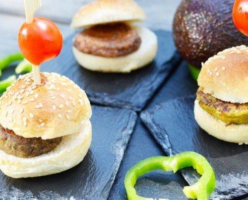 Mini Hamburguesas Vegetales Surtidas. Idóneas para introducir opciones vegetarianas
