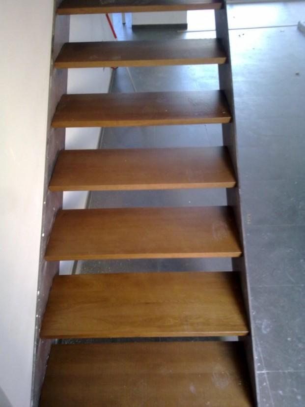 Carpinteros.Carpintería de madera, de aluminio y metal