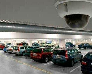 Control de acceso en parkings. Tenemos empleados con experiencia en el sector