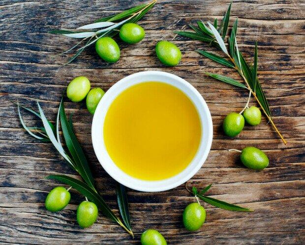 Aceite de oliva. Aceite de oliva del mejor del mercado
