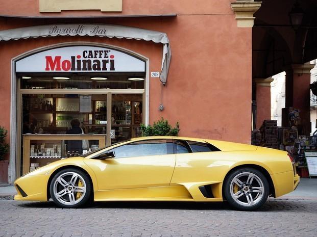 Cafetería en Modena. Nuestros locales por el mundo