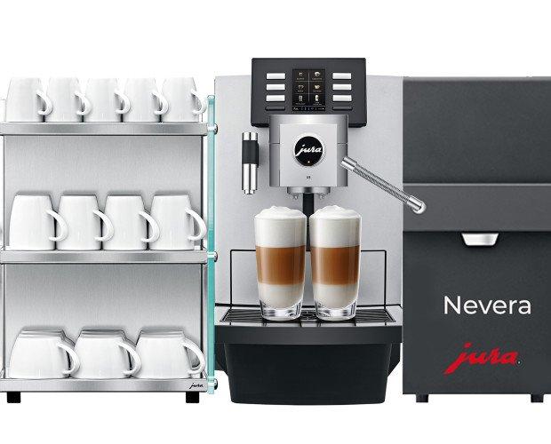 Jura X8 Buffet. Máquina con sencillo mantenimiento para un mundo de sensaciones con leche natural.