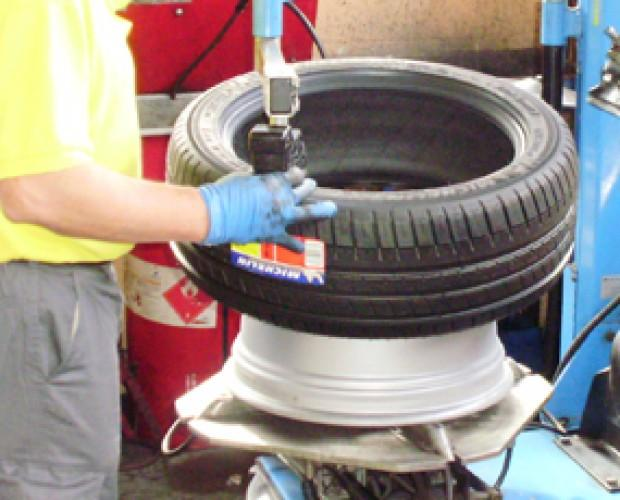 neumáticos. Realizamos cambios de neumáticos