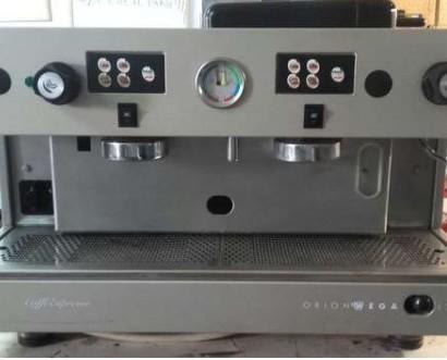 Máquina de café Wega Orion. Máquina de café expresso italiana