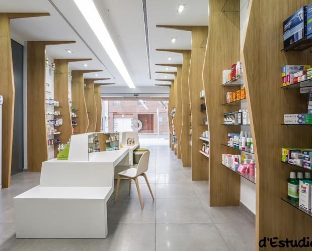 Farmacia Almazora. Tabicas/separadores de roble macizos