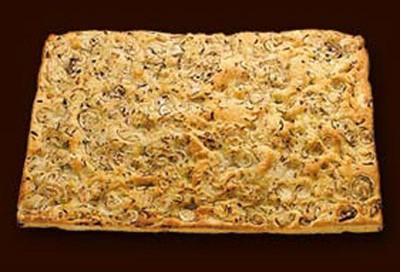Focaccia. Focaccias, palitos de pan (grissines)