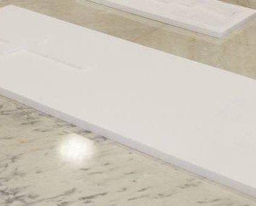 Lápidas. India es conocida por sus piedras semipreciosas y mármol