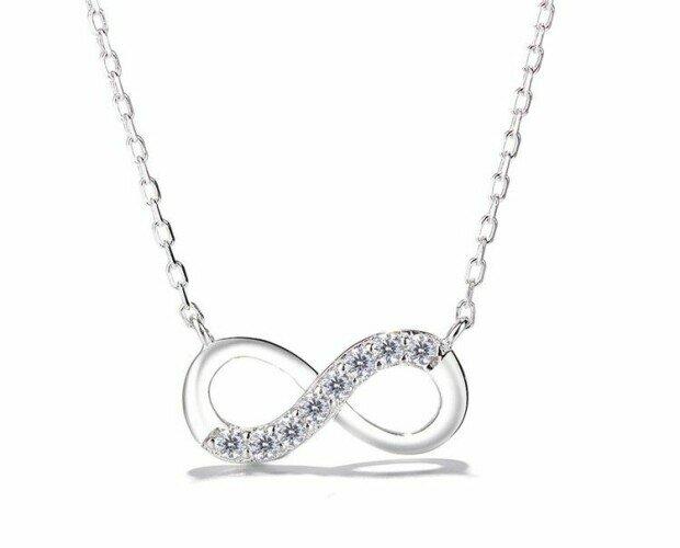 Collar Infinito. Ofrecemos joyas con diseños originales