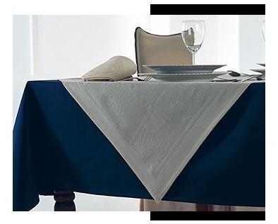 Mantel azul. Elegante ropa de mesa para hostelería