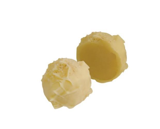 Trufa panna cotta. Trufa con sabor al típico dulce de la región italiana del Piamonte.