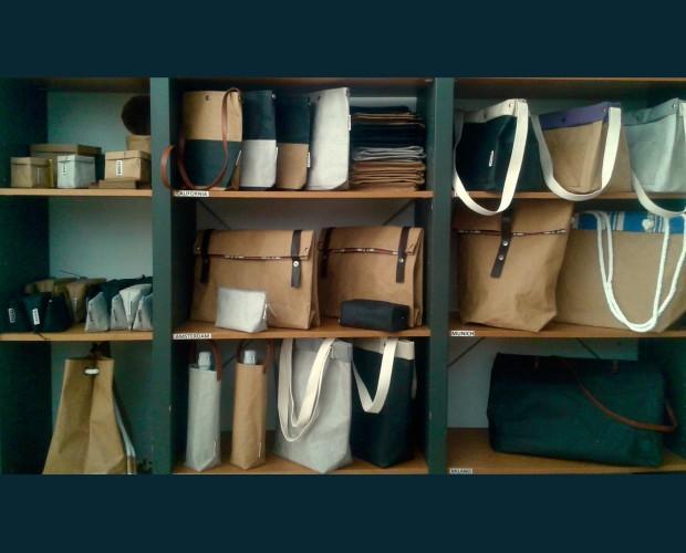 Variedad de bolsos. Artículos de celulosa lavable