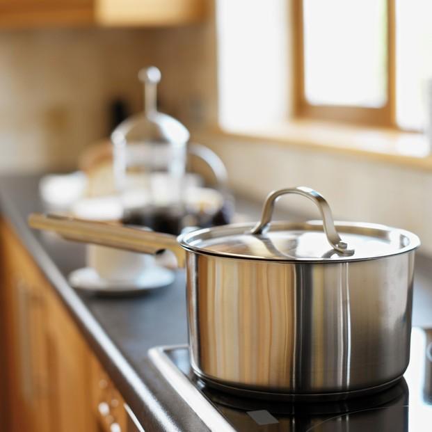 Cocina. Baterías de cocina, Utensilios de cocina, Cuchillería