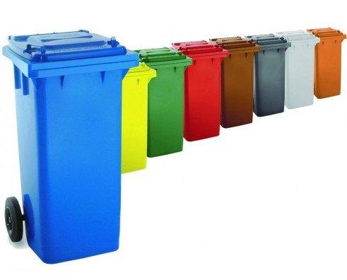 Cubos de Basura.Contenedores de diferentes capacidades y colores