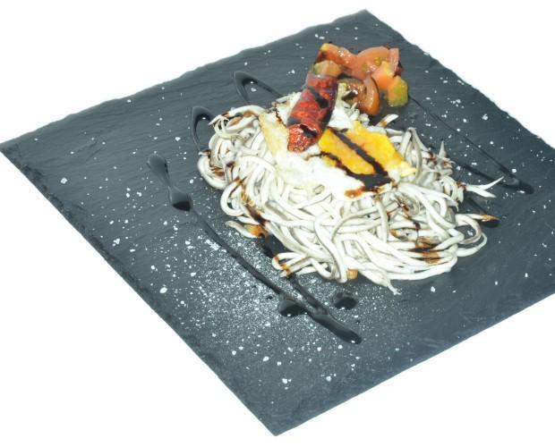 Plato Cuadrado. Ideal para presentar platos de forma diferente