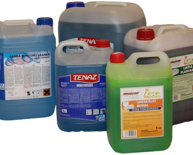 Productos de limpieza. Amplia gama de productos