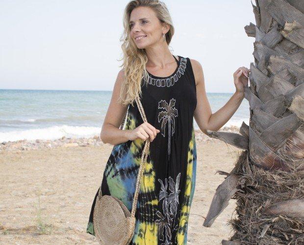 Vestido Palmera. Vestido pintado a mano diferentes colores con pintado y bordado de palmeras