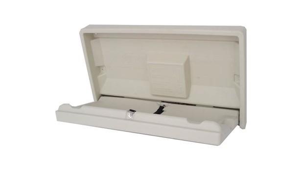 Cambiador de pañales. Abatible, horizontal, colgador para bolsa