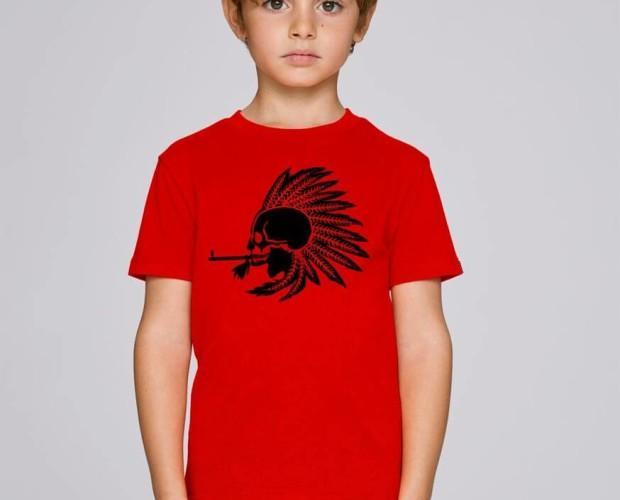 Camiseta roja de niño. Apta para pieles sensibles.