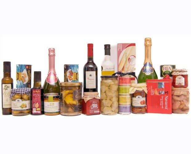 Alimentos. Todo tipo de conservas, snacks y bebidas alcohólicas de alta calidad.
