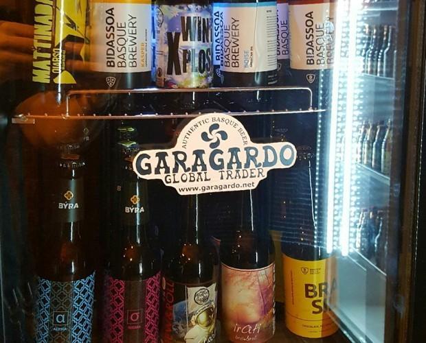 Variedad de cerveza. Disponemos de neveras expositoras para cervezas.