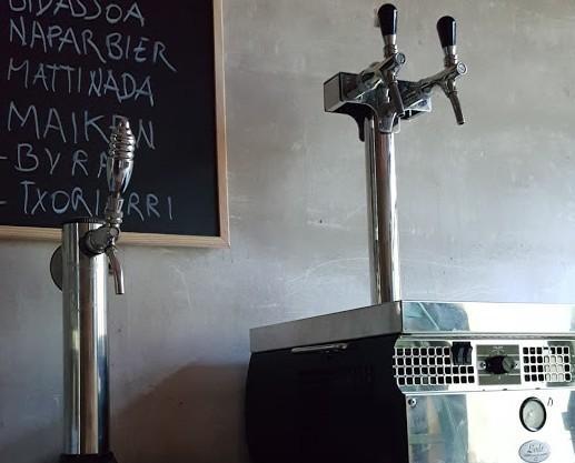 Grifos. Grifos portatiles para barriles ´keykeg´ con compresor propio, evitan la necesidad de usar gas.